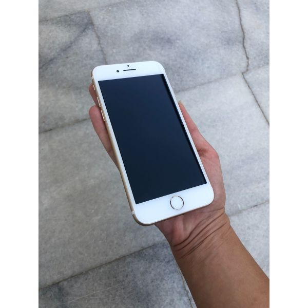 iPhone 7 32gb gold!