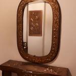 Χάλκινος vintage καθρέφτης με εταζέρα ασορτί