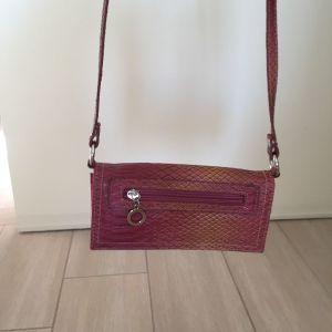 Τσάντα croco