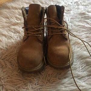 Timberland δερμάτινα παιδικά παπούτσια