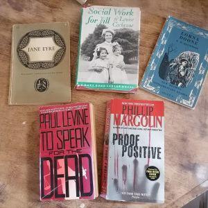 5 βιβλία ξενόγλωσσα