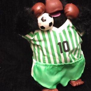 Πωλείται Παιδικό Παιχνίδι  Χνουδωτός Γορίλλας Ποδοσφαιριστής   Λειτουργεί με Μπαταρίες