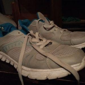 Παπούτσια αθλητικα Νο 42-43