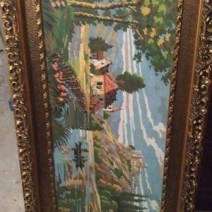 Πίνακας κεντητος με σκάλιστη κορνίζα