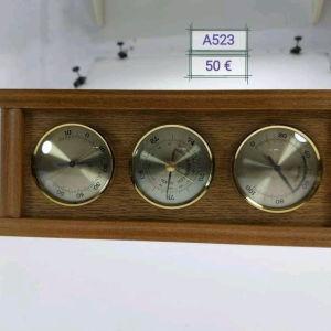 Κρεμαστό  θερμόμετρο, υγρασιομετρο, βαρόμετρο, Γερμανικής προέλευσης . Διαστάσεις:30εκ ×12εκ×2,5εκ.