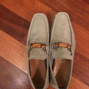 Πωλούνται μεταχειρισμένα GUCCI Suede παπούτσια