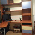 Σύνθεση γραφείου και κρεβάτι