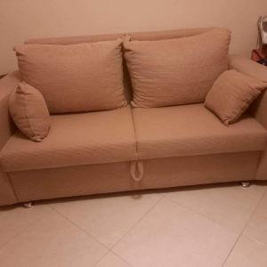 Πωλείται διθέσιος καναπές- κρεβάτι