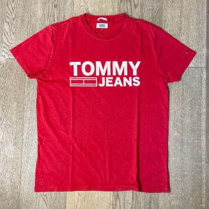 Tommy Hilfiger Red T-shirt - Tommy Jeans μπλούζα κόκκινη