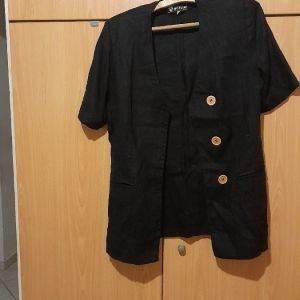Vintage σακκακι λινο μαυρο με βατες και μεγαλα κουμπια