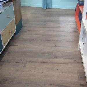 LAMINATE πάτωμα 7mm