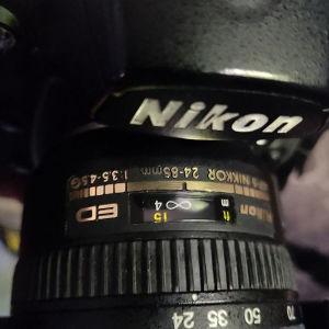 Nikon D700 με 50.000 κλικ σε πολύ καλή κατάσταση