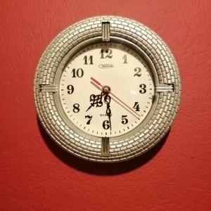 Ρολόι τοίχου.