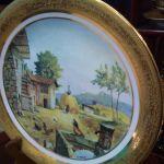 Limoges αντίκα επιτοίχιο πιάτο με χειροποίητη υπογεγραμμένη ζωγραφική και φύλλα χρυσού...Έχει ενσωματωμένη υποδοχή για κρέμασμα...Άθικτο με σφραγίδα γνησιότητας! (Δείτε φωτογραφίες)