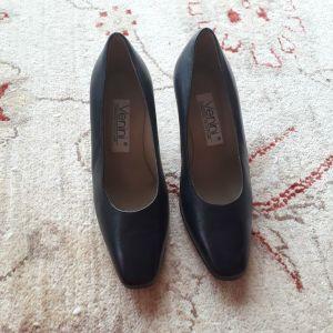 Παπούτσια δερμάτινα