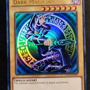 Dark Magician Ultra Rare original μορφή