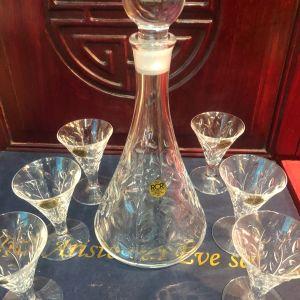 Ιταλικό Κρυστάλλινο Σετ 8 τμχ. Λικέρ - Ούζου από Καράφα με καπάκι και 6 ποτήρια Vintage του 1980 από μασίφ 24άρι κρύσταλλο. Αμεταχείριστα με τις πιστοποιήσεις τους!!