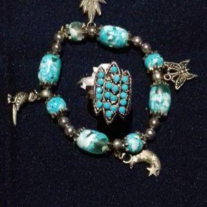 σετ βραχιολι με πετρες τυρκουαζ χρωμα και δαχτυλιδι στο ιδιο χρωμα