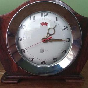 Ρολόι ξυπνητήρι μερικός ξύλινο