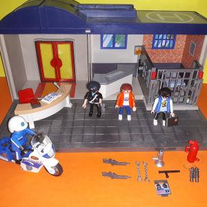 Playmobil βαλιτσάκι τμήμα police