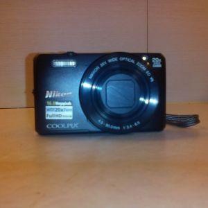 Nikon φωτογραφική μηχανή COOLPIX S7000  με πολύ ισχυρό οπτικό zoom 20X