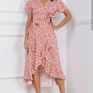 New: Σετ φούστα και τοπ φλοραλ