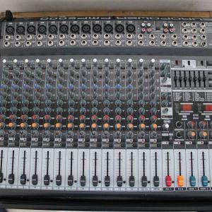 Kονσόλα ήχου   Behringer PMP 6000      300ευρώ  Aυτοενισχυόμενη  20 καναλιών  12 mono 4 stereo