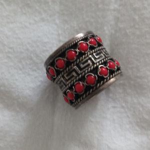 ασημένιο δαχτυλίδι παλιό