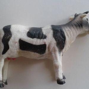 φιγουρα αγελαδιτσα μεγαλη πλαστικη