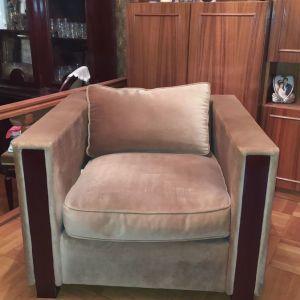 Πολυθρόνα από βελούδο