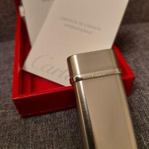 Αναπτήρας Cartier στο κουτί του με τα πιστοποιητικά γνησιότητας