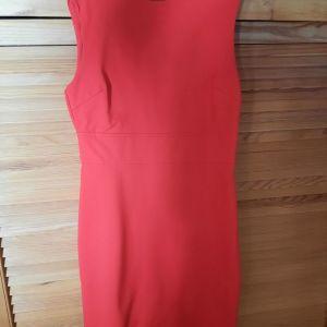 Κόκκινο κλασικό φόρεμα