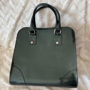 γυναικεία τσάντα λουστρίνι