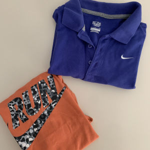 Nike μπλούζες
