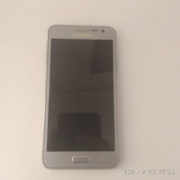 Samsung Galaxy A3 2015 gia antallaktika