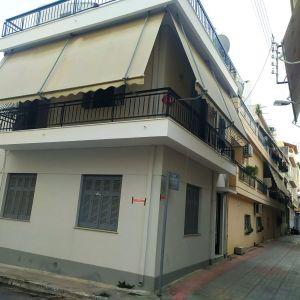 Διώροφη μονοκατοικία στην Νίκαια