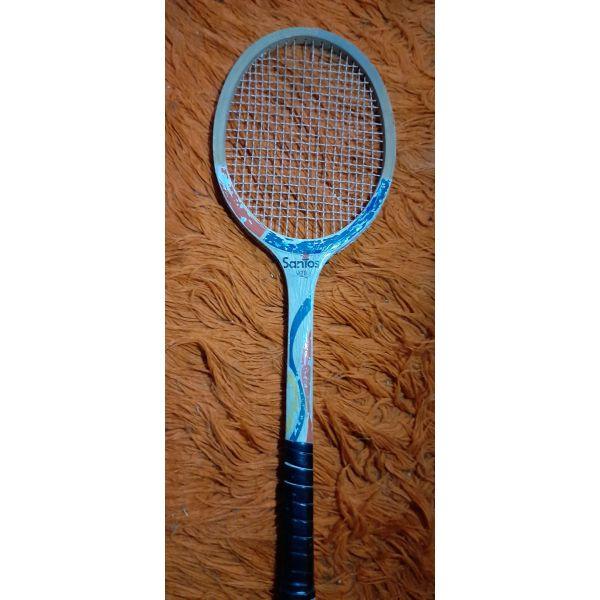 sillektiki chiropiiti  . raketa tou tennis Santos 1620 epochis.....apo xilo 70 ek ipsos