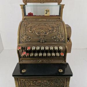 Ταμειακή μηχανή εποχής 1900 μάρκας (National) μπρούτζινη