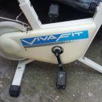 1 ποδήλατο  γυμναστικής VIVA FIT  τ αλλα και ο διάδρομος  εφυγαν