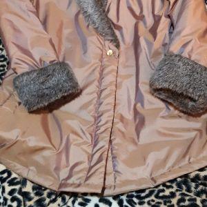 Μπουφαν - ζακετα μέγεθος (XL) με συνθετικη γούνα στα μανίκια και στον γιακα