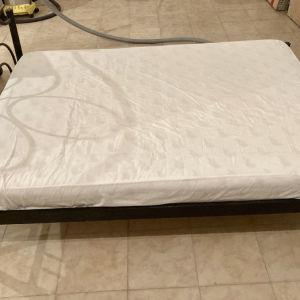 Διπλό κρεβάτι διπλό με στρώμα 1.40*2.00