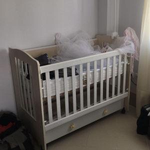Κρεβάτι μωρού (βρεφικό κρεβατάκι)