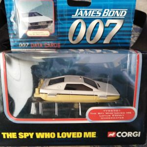 """James Bond - 007 Toy Car """"The Spy Who Loved Me"""" (Official)"""