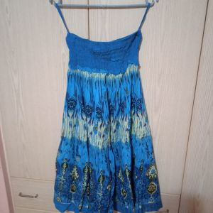 Μπλέ αμάνικο φόρεμα