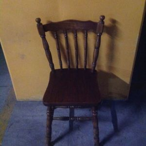Καρεκλα ξυλινη  vintage