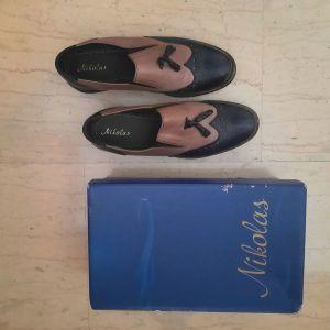 Παπούτσια δερμάτινα δίχρωμα  μπλε σκούρο & μπεζ