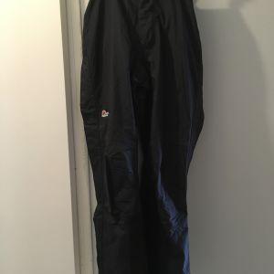 Παντελόνι αδιάβροχο (μεμβράνη) μαύρο της Lowe Alpine