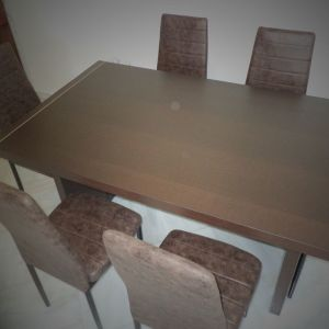 Τραπέζι σαλονιού με 6 καρέκλες