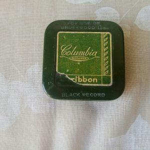 Κουτάκι μεταλλικό (κασσίτερος) vintage, μελανοταινίας γραφομηχανής Columbia BRITISH MADE ribbon. Διαστάσεις 6,5χ6,5χ2 εκατοστά