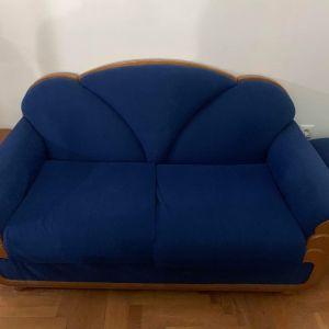 Καναπές διθέσιος , δύο πολυθρόνες και δυο σκαμπο